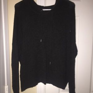 American Eagle distressed pullover